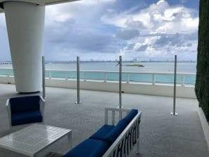 commercial glass railings 1
