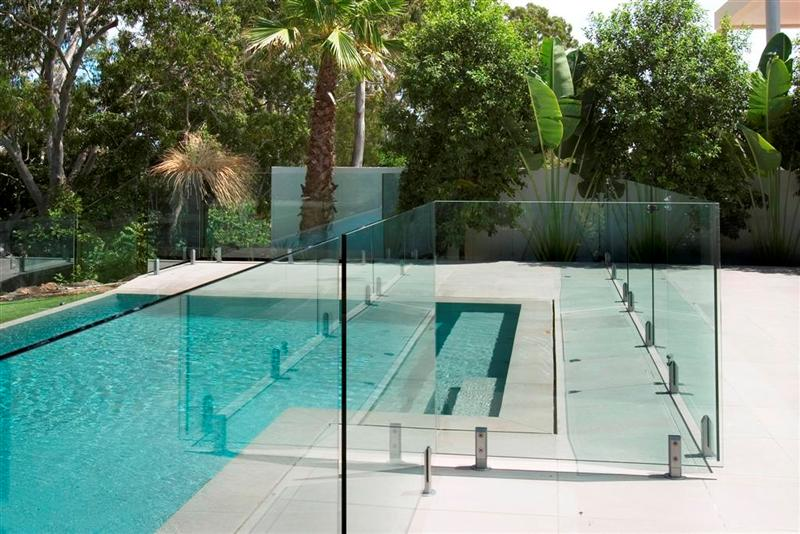 5 Benefits of Frameless Glass Pool Fencing