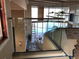 indoor glass railing 1
