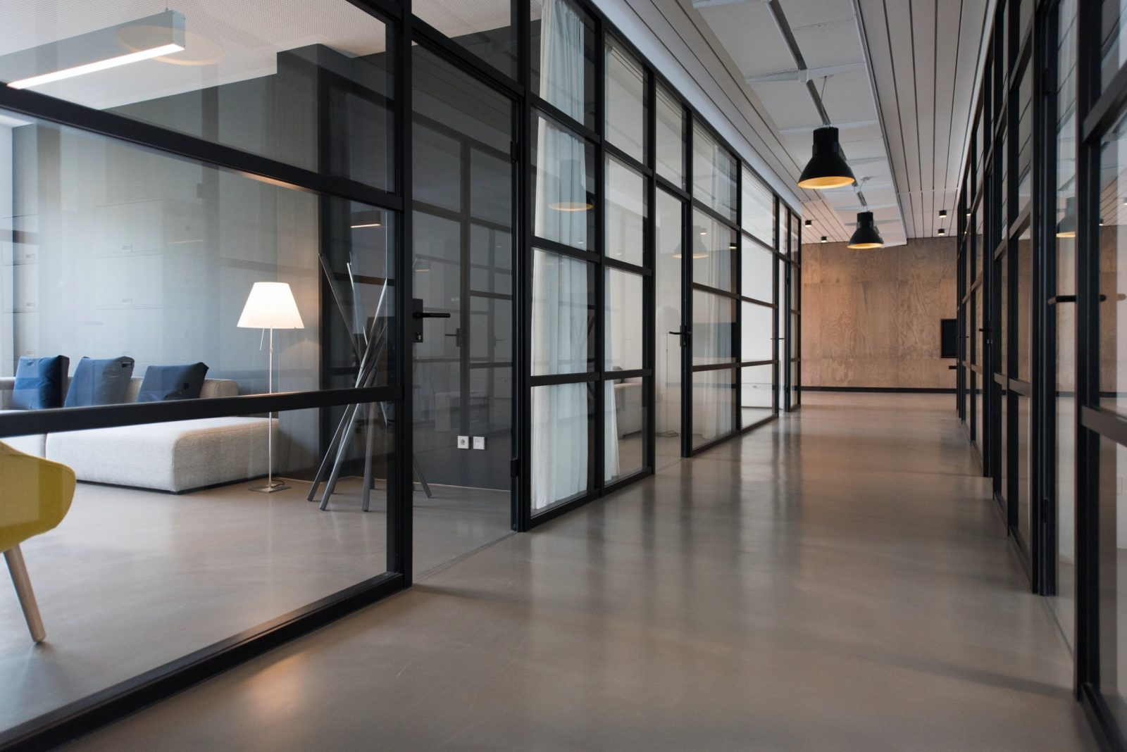 Why to consider Glass Office Walls for your commercial office Interiorof Glass Office Walls