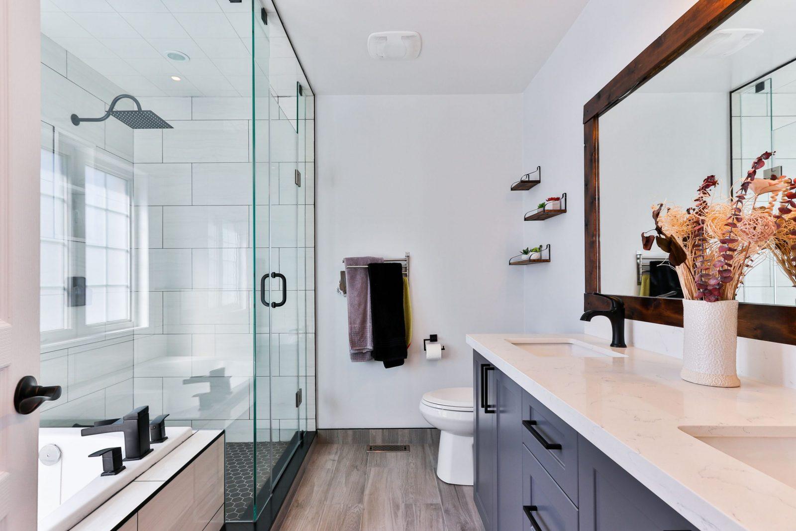 Top 3 Benefits of Frameless Glass Shower Doors