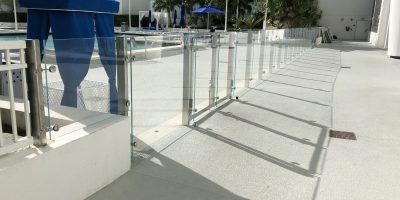 commercial glass railings 2