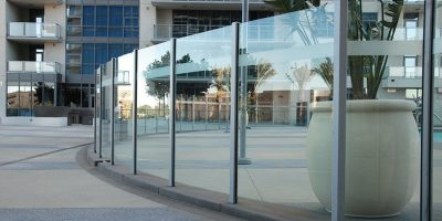 commercial glass railings 3
